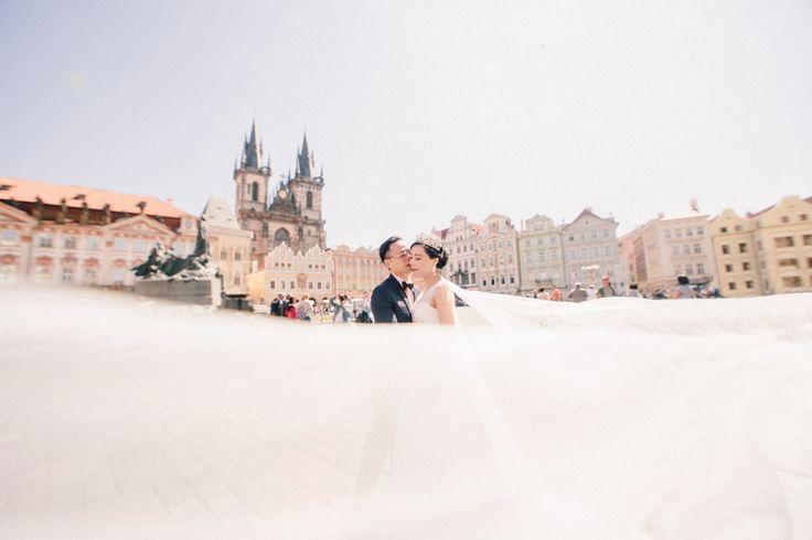Photographer in Prague Wedding in Prague Czech wedding Wedding photographer in France, Paris, Rome, Vienna, Como, Milan en.kachalouski.com