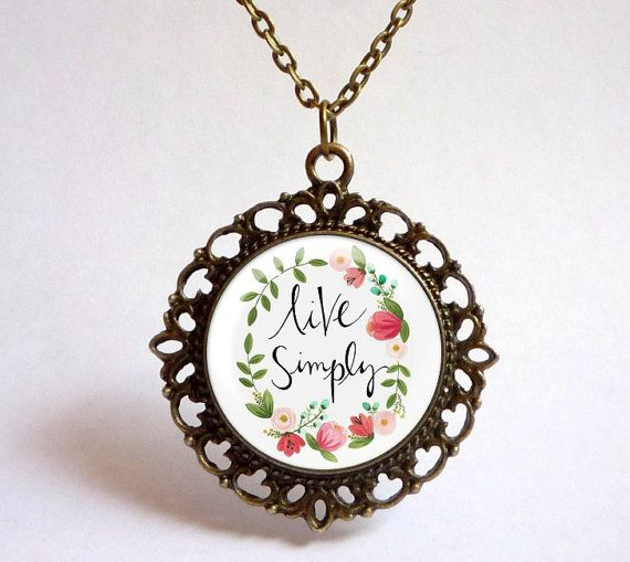 LIVE SIMPLY floral wreath pendant. Vintage by OldeOwlPendants