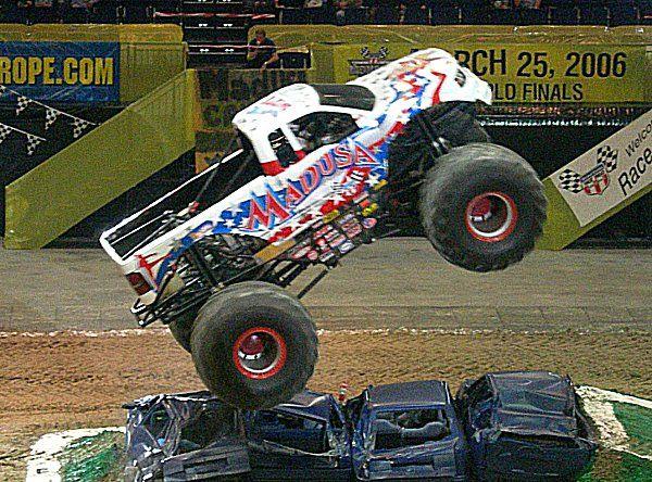 Ausmalbild Madusa Monster Truck: 333 Best Ideas About Pro Wrestling On Pinterest