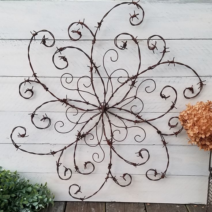 Best 25+ Barbed wire ideas on Pinterest | Barbed wire decor, Barb ...