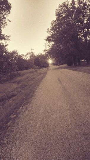 Good old country road An original photograph from Racheal Summers