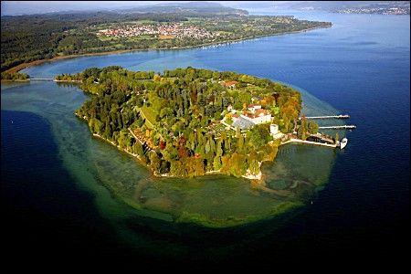 Mainau, island in the middle of Lake Konstanz in Germany. Sits in the middle separating Switzerland, Austria, and Germany!     I wanna go back here