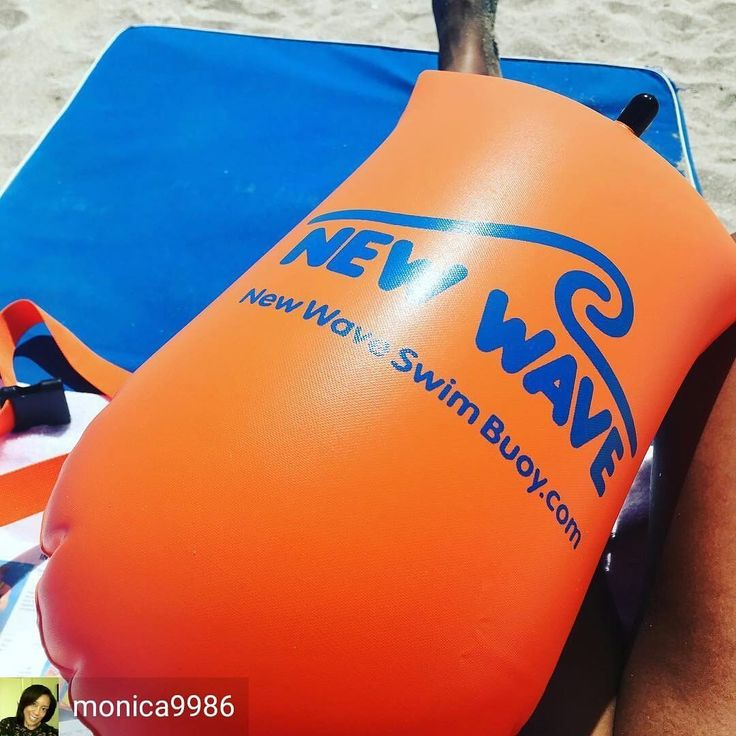 from Monica Sanders @monica9986 . . . . Swim safely! #newwaveswimbuoy . .  #triathlon #swimbikerun #triathlete #tri #triathlontraining #trilife #ironmantraining #ironmantri #natação #tritraining #natacao #nadapedalacorre #triatleta #tri365 #top_triathletes #thetrihood #triathletes #triathlonlife