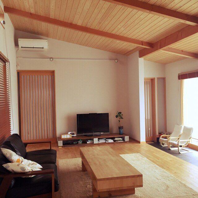 『和モダンな部屋』 Photo:chie(RoomNo.603891) #RoomClip#interior#インテリア ▶︎この部屋のインテリアはRoomClipのアプリからご覧いただけます。アプリはプロフィール欄から #interiordesign#decoration#homedecor#ikea#interiors#myhome#decorations#livingroom#instahome#homedesign#homestyle#interiordecor#日常#日々#homedecoration#リビング#homestyling#homeinterior#テレビ台#マイホーム#ニトリ#家#模様替え#ソファ#くらし#和風#和モダン
