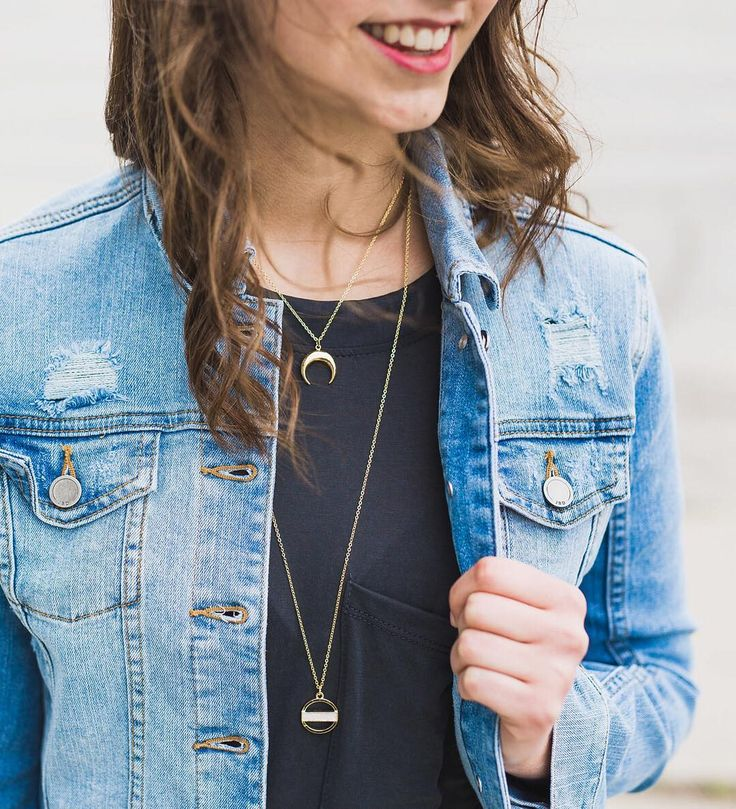 Simple accessories and denim jackets simply make for the best summer staples!   follow the link in our bio to shop this look online   #madlysummer