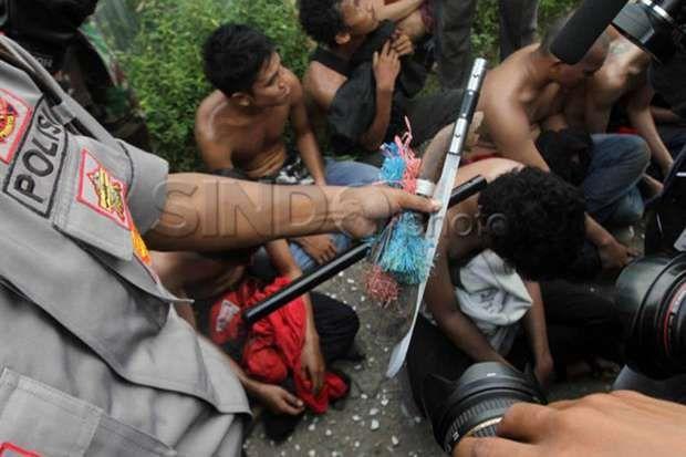 Aniaya Petugas Bea Cukai 5 Oknum Anggota Ormas LMP Dibekuk