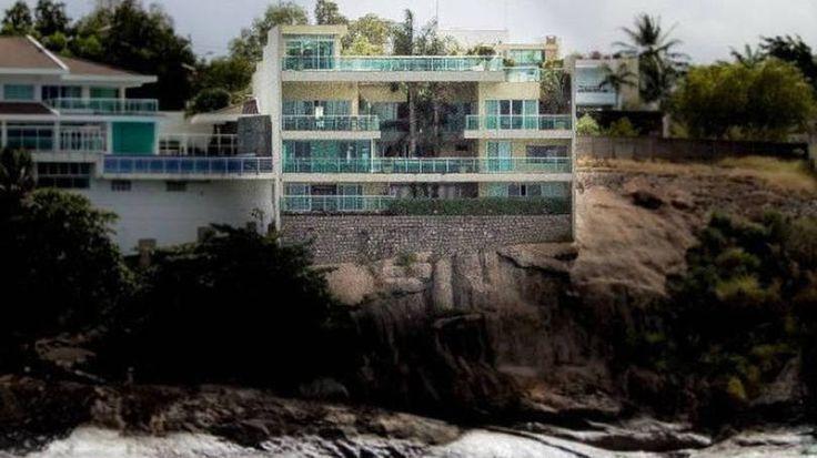 Ilha do Frade (Vitória) > Preço10,5 milhões Área1,7 mil metros quadrados Quartos6 Detalhes sobre o imóvel6 banheiros, 6 vagas de carro, guarita, ar-condicionado central e elevador