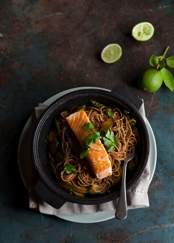 Asparagus and zucchini stir fry with salmon and soba noodles on DrizzleandDip.com #recipes #food