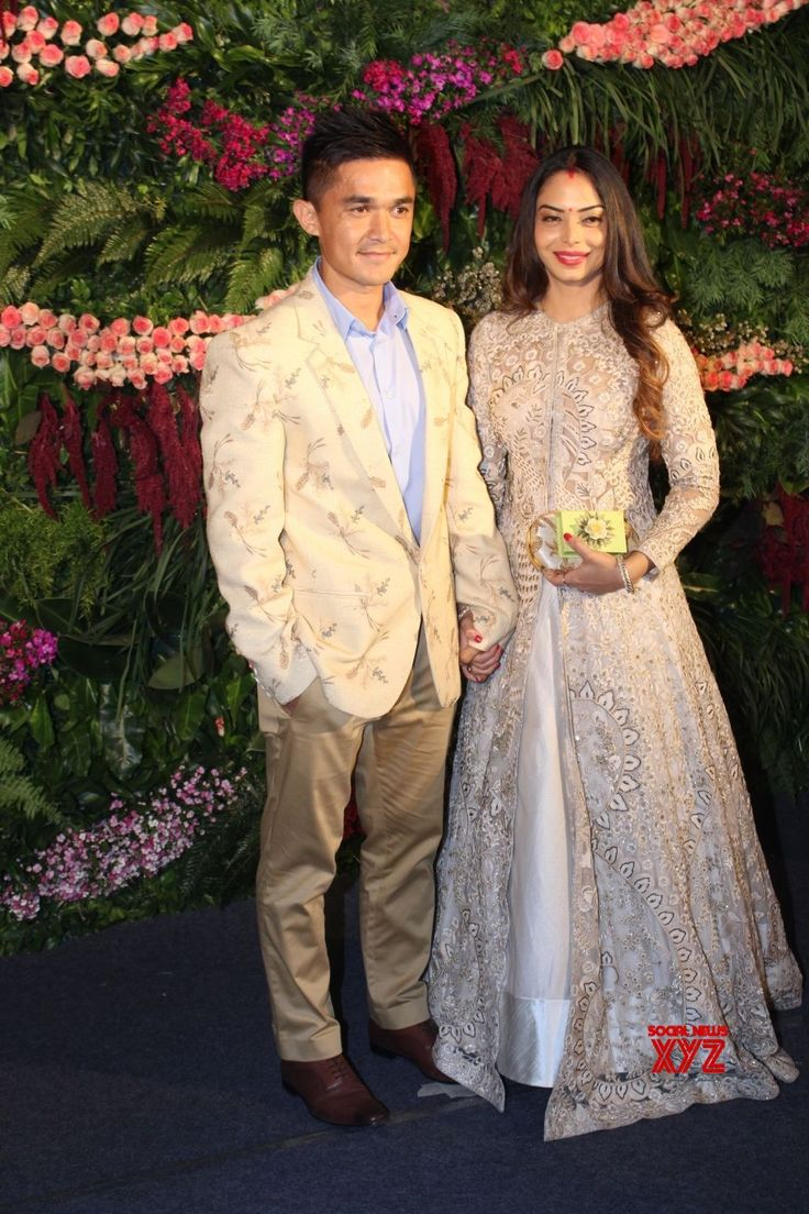 Mumbai: Virat Kohli  Anushka Sharma's wedding reception  Sunil Chhetri and Sonam Bhattacharjee - Social News XYZ