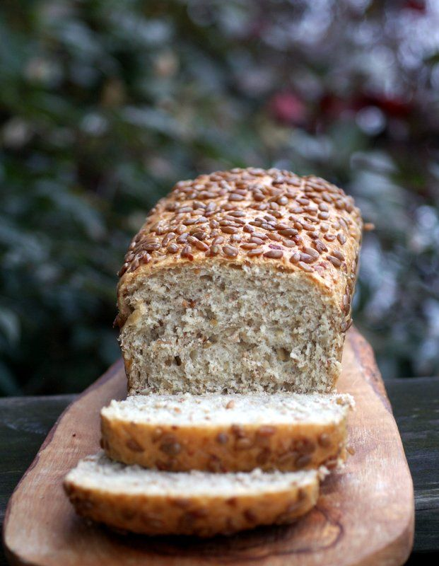 Sunflower Seed Bread. {use at least half wholegrain flour, and olive oil instead of vegetable oil for a much healthier version}
