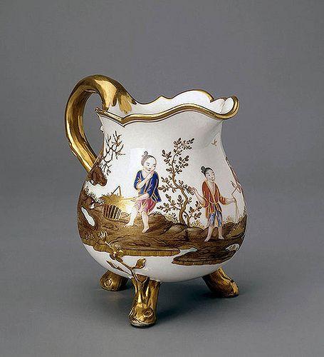 Jarra para nata. Porcelana de Sèvres 1775. San Petersburgo (Hermitage Museum)