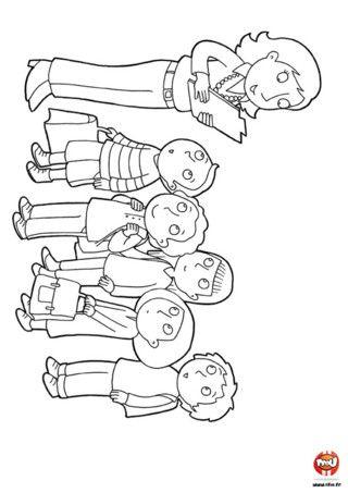 Done 2014 coloriage les enfants la rentr e des - Coloriage rentree des classes ...