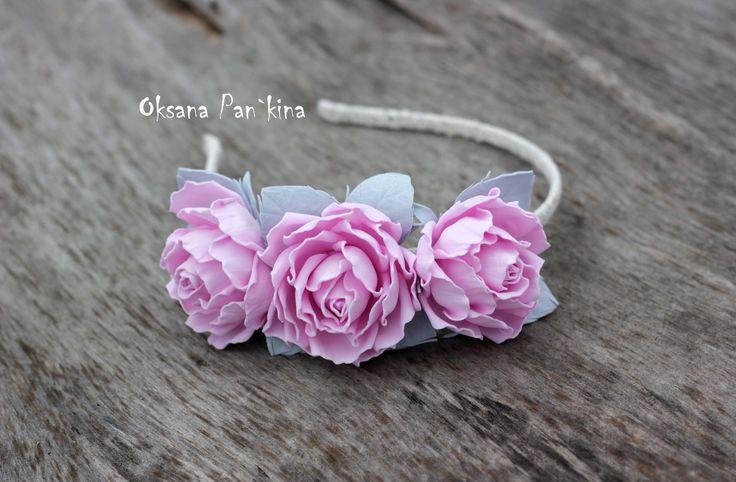 Ободок с цветами розы