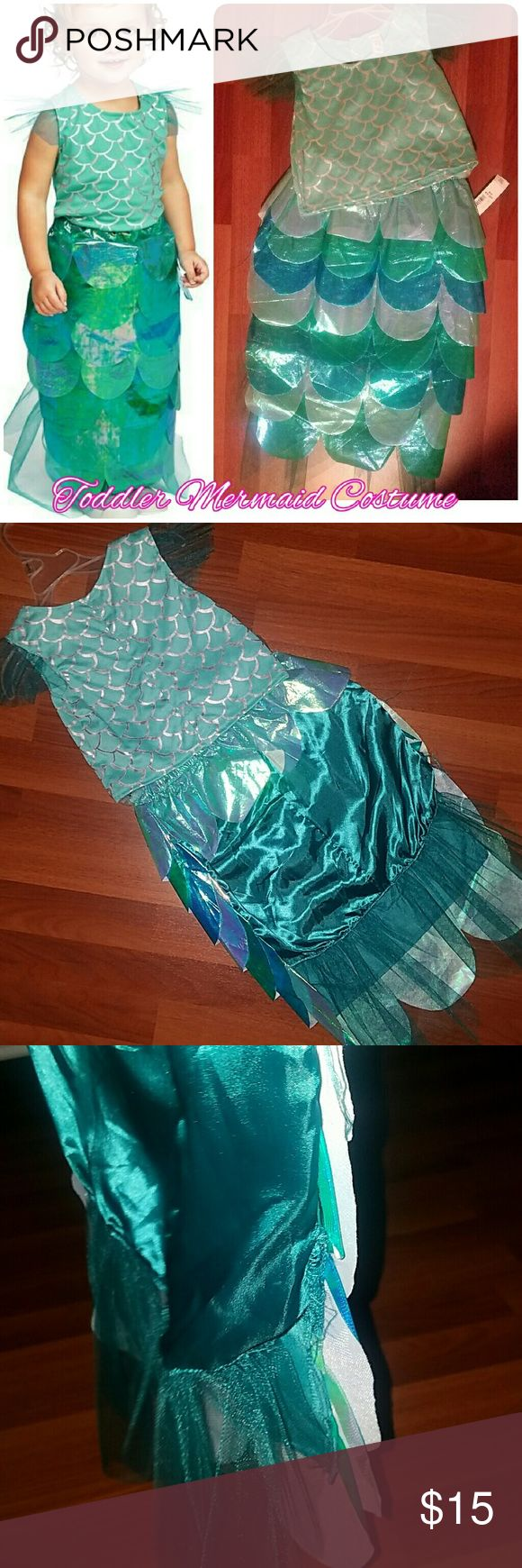 Old Navy Toddler Mermaid Costume NEW. Tag attached to skirt piece.  Didn't notice rip on side of skirt when bought- but easy fix to sew up  ♡ Elastic garter at waist Old Navy Costumes Halloween
