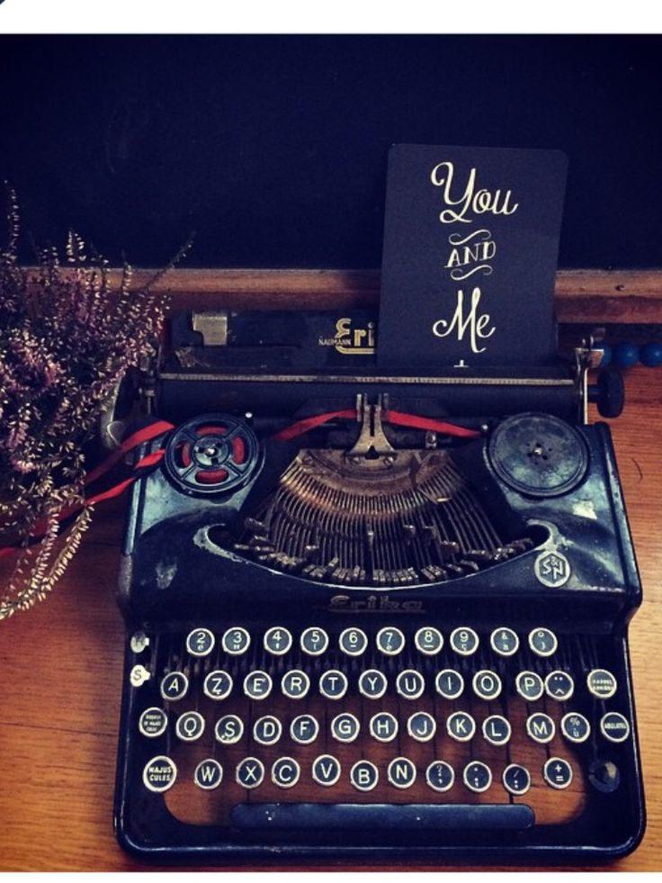 You and me typewriter deco black