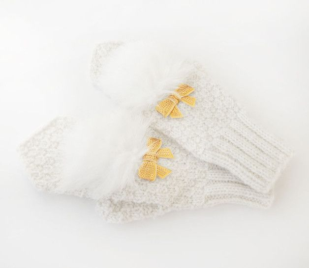 Gloves – White Hand Knitted Mittens, Warm Winter Mitts. – a unique product by GlovesAndMittens on DaWanda