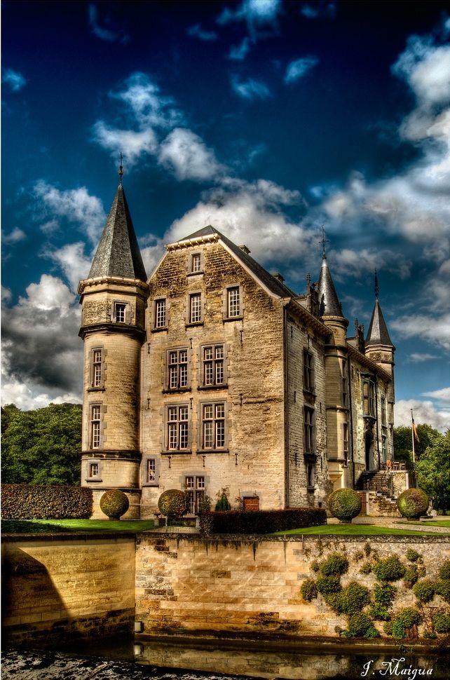 ARCHITECTURE – Schaloen Castle, Oud-Valkenburg, Limburg, Netherlands.