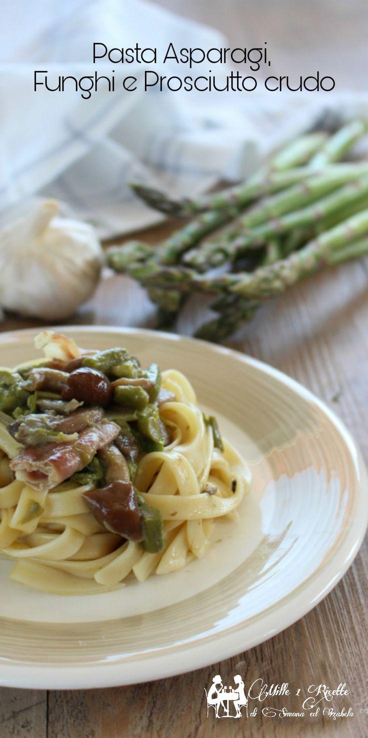 Pasta Asparagi, Funghi e Prosciutto crudo Una ricetta che vorrei farvi conoscere, perfetta per pranzi festivi. Ricca di sapori. #pasta #funghi #prosciuttocrudo #pranzo #festa #invitati