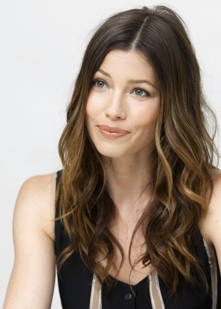 Jessica Biel sombre hair perfection~