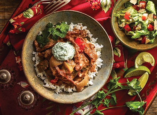 Fajita Stew with Cilantro-Lime Romaine Salad from Publix Aprons