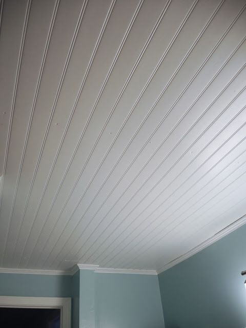 Vinyl beadboard ceiling in bathroom (CM Shaw Studios)