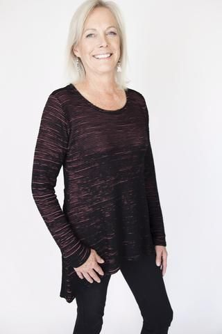Cut-Loose Barnwood High/Low Top | Holiday outfit | Women's fashion 2016 | Christmas top | Women over 40 fashion | Style | CUT LOOSE Clothing | Flattering fit