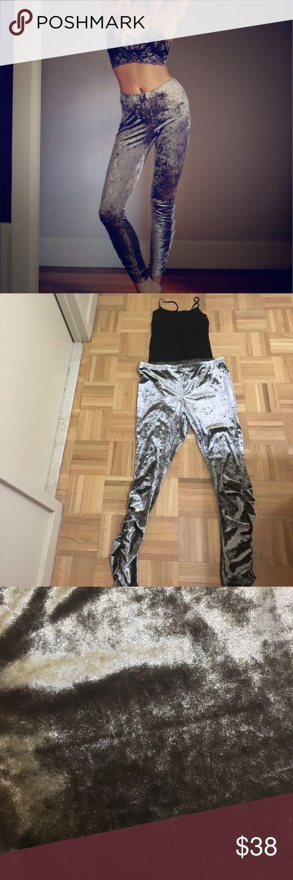 Free People Velvet Metallic Silver Leggings Large, silver metallic velvet leggings from Free People. Never worn.90% polyester 10% spandex Free People Pants Leggings