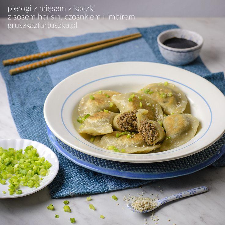 gruszka z fartuszka » proste i sprawdzone przepisy ze zdjęciami » pierogi z mięsem z kaczki przygotowanej w sosie hoisin, czosnku i imbirze