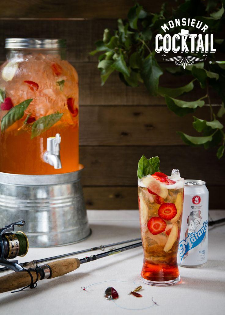Les maringouins ça pique, un peu comme la bière de gingembre ! C'est un cocktail qui prend son inspiration du shandy (bière et boisson pétillante). Désaltérant à souhait, la fraise, le gingembre, le basilic et le vinaigre balsamique enrobent le doux malt de la bière blonde.