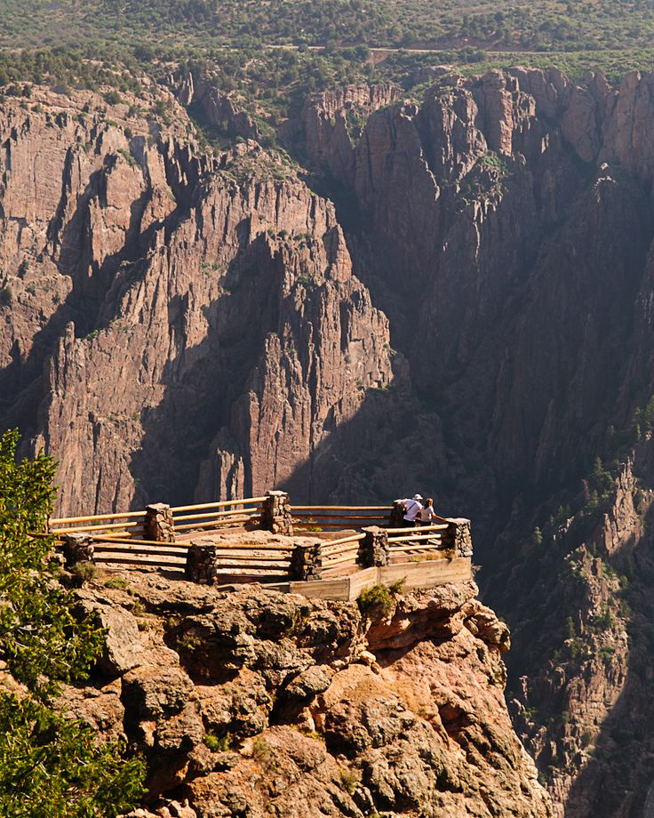 Black Canyon National Park: an under-appreciated piece of Colorado's beauty, the #BlackCanyon is as deep as 2 Empire State Buildings, and at 2250 ft, the Painted Wall is the highest sheer cliff in #Colorado!