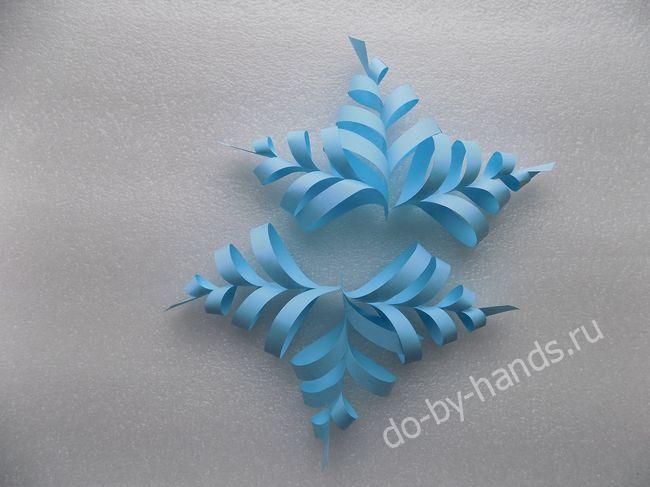 Еще не знаете как сделать объемную снежинку из бумаги своими руками? Я покажу интересный способ. Поэтапно с фото. Для детей рекомендуется делать на Новый год...