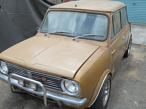 Nugget Gold 1275 LS advertised on Ebay December 2012. No reserve on price. A very original car, however, a lot of rust around the windows / roof, but no much rust in floor pans etc. Only thing that has been modified heavily is the engine - block grinded hence no engine number..