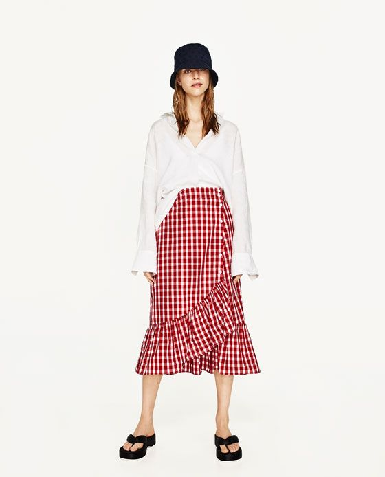 this ruffled gingham skirt would be perfect for work