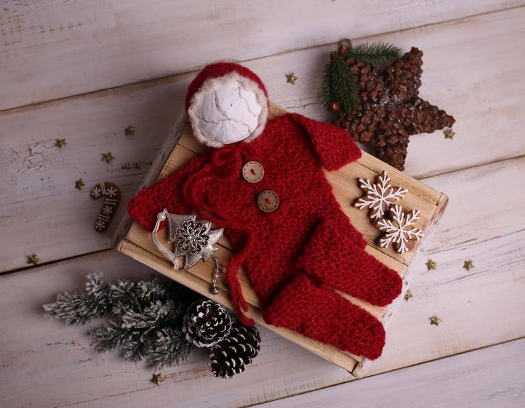 Newborn christmas photo outfit, Baby Christmas set - overall and bonnet, Crochet newborn photo prop for baby's first Christmas, Alpaka wool by Amaiahandmade on Etsy