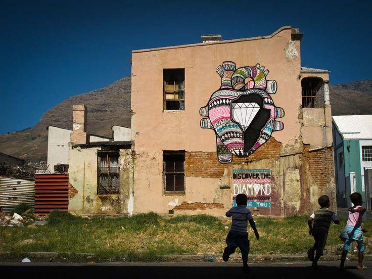 DIAMOND INSIDE Cape Town, Southafrica. 2011 by Boa Mistura