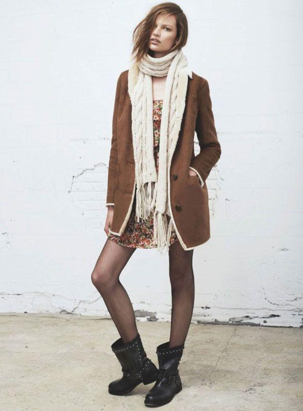 Pour Mango femme, l'automne hiver 2013 2014 sera rock et chic et c'est Bette Franke top-modèle néerlandaise qui joue à cette occasion la rockeuse chic et tendance de l'enseigne espagnole de prêt-à-porter.  Tendance rock Cette campagne Mango femme automne hiver 2013 2014 a été pho