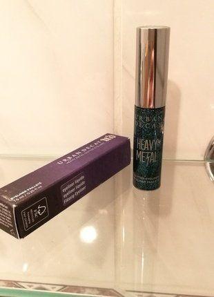 Kupuj mé předměty na #vinted http://www.vinted.cz/kosmetika-a-prislusenstvi/dekorativni-kosmetika-kosmetika/15579016-heavy-metal-liquid-eyeliner-spandex