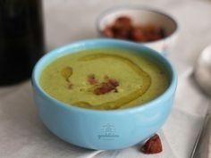Como fazer sopa de ervilha. Receita completa em http://gordelicias.biz.