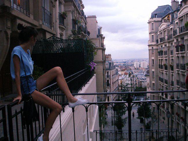 Красивые Девушки На Балконе Фото