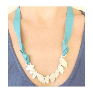 Collana Foglie - Foliage necklace www.ofeliatuttotorna.com