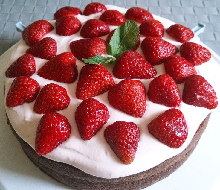 Krysy v Kuchyni: Jahodovo Mátový dort Bezlepkový