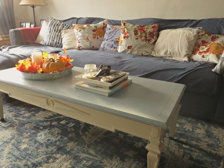 How to Give a New Life to an Old Coffee Table Without Sanding
