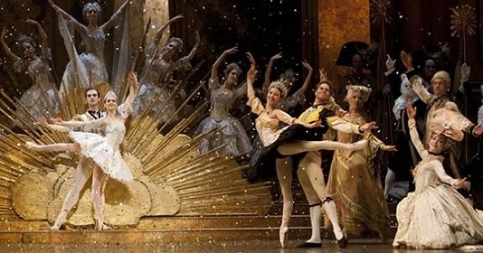 The Classic Ballet The Sleeping Beauty in the Muziektheater. In the festive December, The Dutch National Ballet presents the classic The Sleeping Beauty from 12 December 2013 to 1 January 2014 at Amsterdam's Muziektheater.