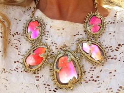 pink, orange, gold On A Budget, Women Fashion, Coral Pink, Statement Necklaces, Pretty Colors, Sequences, Collars Necklaces, Gold Necklaces, Glam Style