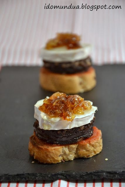 Pintxo sausage is the Spanish version of black pudding. Take inspiration from the Spanish and make this lovely little tapas style mouthful with black pudding, goats cheese and caramalized onions.