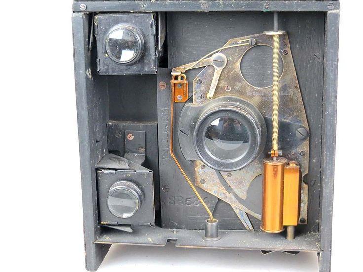 Detektiv-Kamera Box 9x12 Special B Newman & Guardia