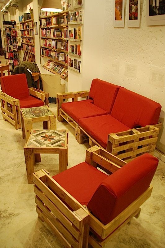 Recycling: Furniture made from old pallets