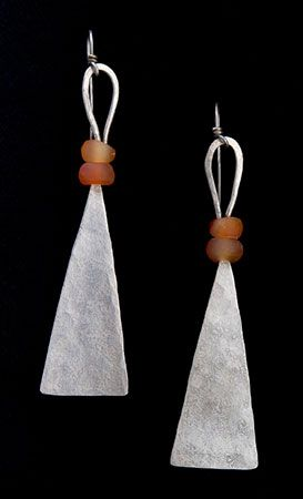 Breon O'Casey - Crafts - Jewellery, Weaving, Silverware