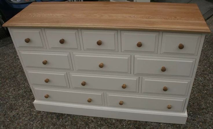 White and Natural finish drawers