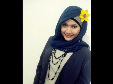 Hijab Style - A tutorial to wear Paris Simple Hijab easily. Find us on Facebook at   http://www.facebook.com/CaraMemakaiJilbab1